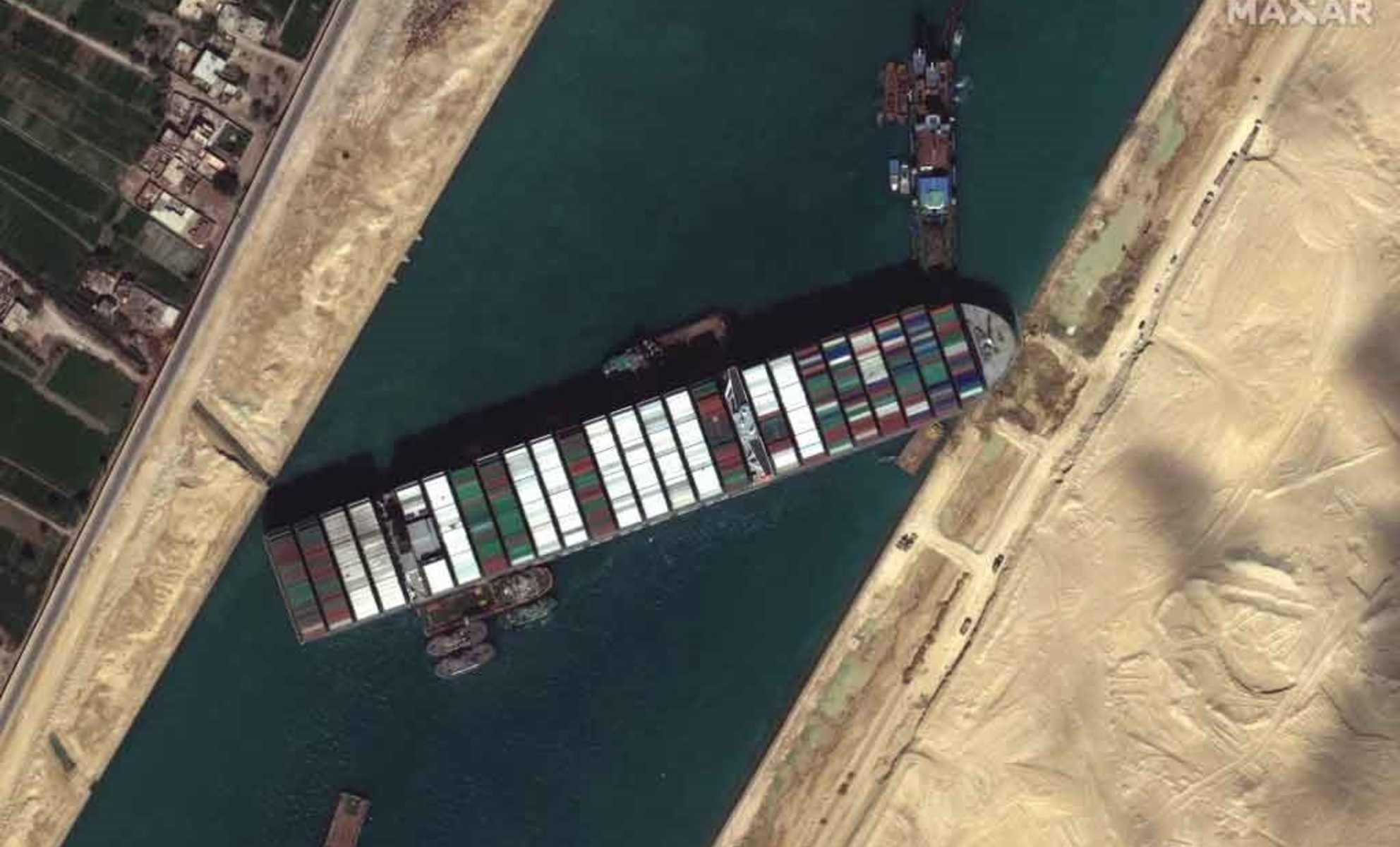 Ako mohlo upchatie Suezského prieplavu vážne poškodiť svetový obchod?